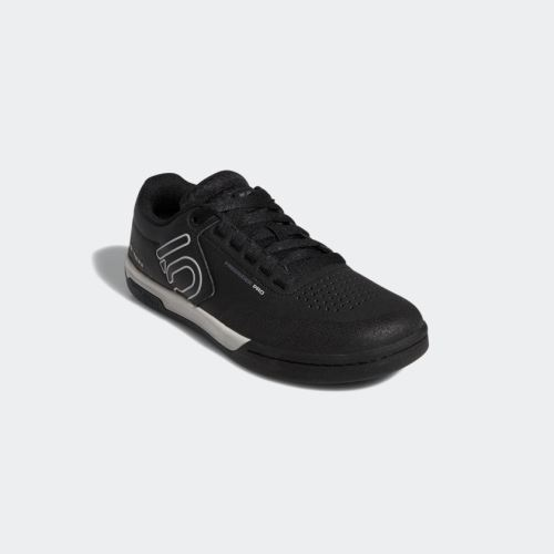 Obuv FiveTen Freerider Pro - CORE BLACK / GREY TWO / GREY FIVE